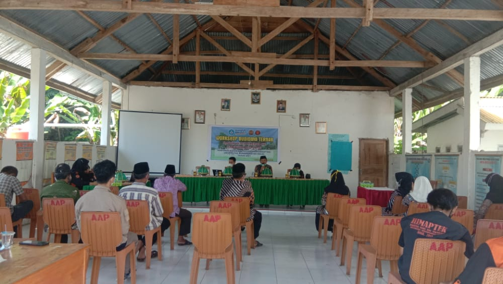 HIMAPTEK UMSi Adakan Workshop Budidaya Ternak di Desa Bulu Tanah